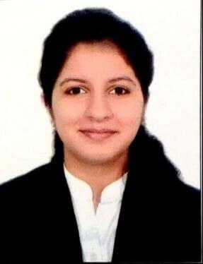 advocate aakriti